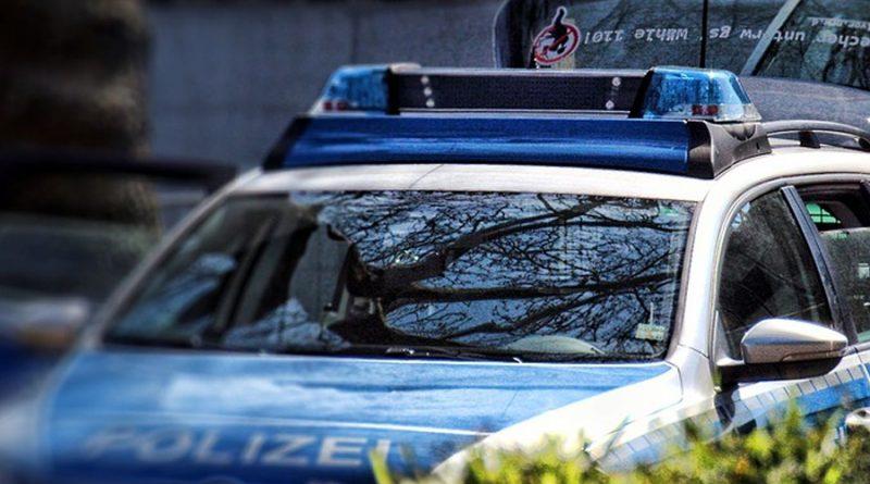 Fünf Fahrzeugaufbrüche auf Kunden-Parkplatz