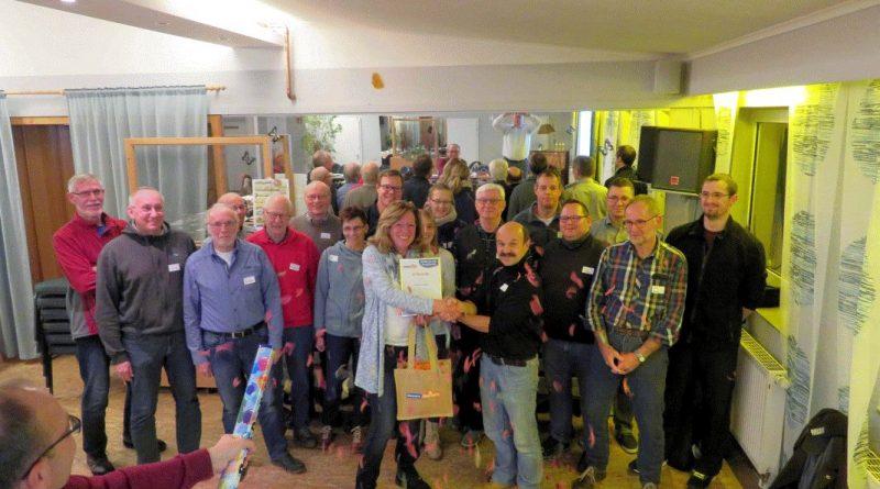 Fachtagung Sportabzeichen-Ehrenamt überrascht Sylvia Pioßek